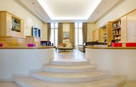Luxury 5 bedroom apartments for sale in Ile-de-France. Paris 7th District – A magnificent duplex apartment with a near 170 m² garden/terrace in a prime location. Invalides