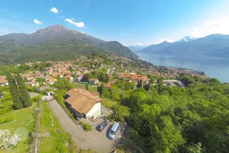 5 bedroom houses for sale in Italy. Stone House with Panoramic Lake Como Views