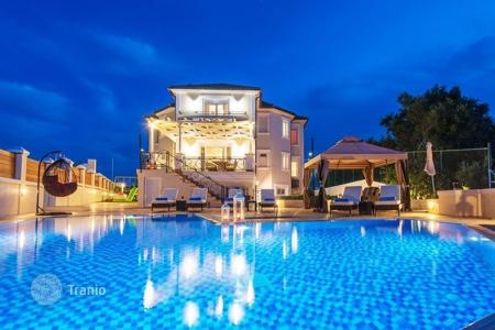 Villas and houses for rent with swimming pools in Administration of the Peloponnese, Western Greece and the Ionian Islands. Luxury two-storey villa of 450sqm, with nice sea views, fully furnished, 2 km from the town of Zakynthos, is for long term rent