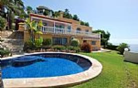 Luxury 3 bedroom houses for sale in Alicante. Villa – Alicante, Valencia, Spain