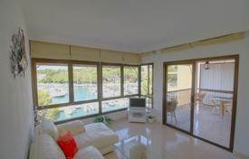 Residential for sale in Santa Ponsa. Spacious penthouse with a roof terrace and a sea port view, Santa Ponsa, Mallorca