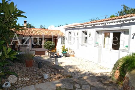 Residential for sale in Portugal. Villa – Salir, Faro, Portugal