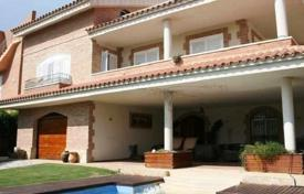 4 bedroom villas and houses to rent in Costa Dorada. Villa – L'Ametlla de Mar, Catalonia, Spain