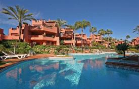 Lovely ground floor apartment with the garden in the beach front complex for 450,000 €