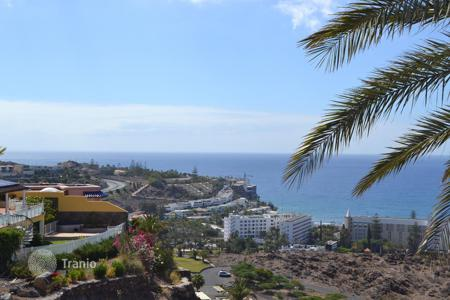 4 bedroom houses for sale in Gran Canaria. Amazing Chalet in San Agustin