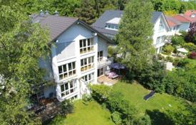 Luxury residential for sale in Germany. Spacious flat with a terrace, a sauna and a garden in a cozy townhouse, Munich, Bavaria, Germany