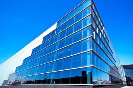 Office buildings for sale in Germany. Office building in Munich with a 5,1% yield
