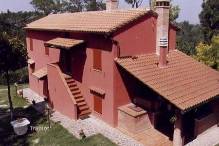 Luxury residential for sale in Palaia. Villa - Palaia, Tuscany, Italy
