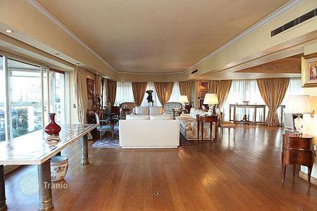 Property for sale in South America. 320 m² Luxury apartment in Libertador Avenue