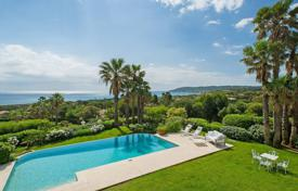 5 bedroom villas and houses to rent in Ramatyuel. Ramatuelle — Magnificent property with sea view