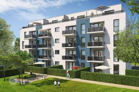1 bedroom apartments for sale in Essen. Spacious one bedroom apartment with a balcony in Essen