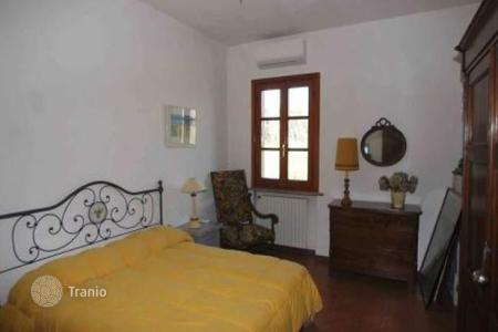 Property for sale in Pisa. Villa – Pisa, Tuscany, Italy