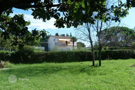 Development land for sale in Istria County. Medulin Beautiful building land 200m from the sea, sea view
