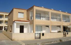 Coastal townhouses for sale in Chloraka. Three Bedroom Semi-Detached House