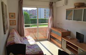 1 bedroom apartments by the sea for sale in Southern Europe. Light appartment with renovation, situated in 300 m from beach in Lloret de Mar, Spain