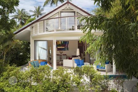 2 bedroom villas and houses to rent overseas. Villa on the beach in PlaiLaem