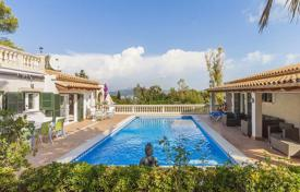 Houses for sale in Alcudia. Villa with a swimming pool near Alcudia, Mallorca, Spain