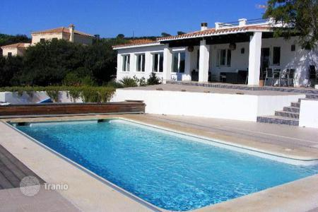Residential for sale in Torreguadiaro. Villa with wonderful views in Torreguadiaro