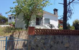 Cheap houses for sale in Catalonia. House with 3 bedrooms in urb. Residential Park
