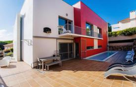 Designer villa with pool near the center of Cascais, Portugal for 1,350,000 $