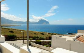 Coastal houses for sale in Sicily. Holiday villa, with pool and private beach in unique location of Makari, San Vito Lo Capo, Sicily