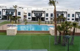 Coastal townhouses for rent in Orihuela Costa. Terraced house – Orihuela Costa, Valencia, Spain