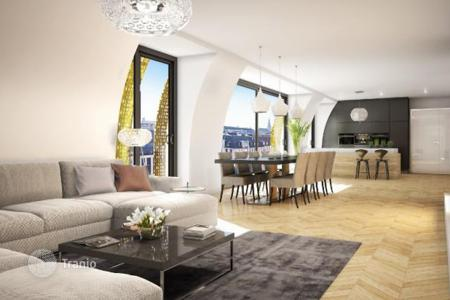 Luxury penthouses for sale in Vienna. Two-level penthouse in a historic building in Alsergrund, IX district of Vienna