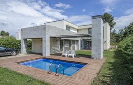 Houses for sale in Sant Cugat del Vallès. Villa – Sant Cugat del Vallès, Catalonia, Spain