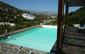 4 bedroom villas and houses by the sea to rent in Greece. Villa – Agios Nikolaos, Crete, Greece