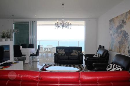 Property for sale in Center District. Apartment in Netanya in luxury project