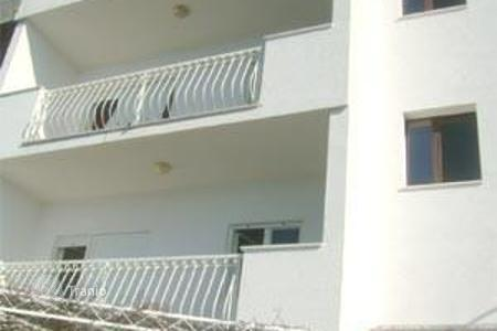Coastal property for sale in Omis. Townhome - Omis, Split-Dalmatia County, Croatia