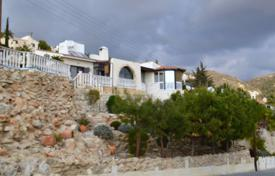 Coastal chalets for sale in Cyprus. 3 Bedroom, 3 Bathroom Detached Bungalow With TITLE DEEDS — Kamares