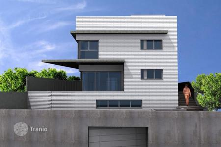 Property for sale in Viladecans. New house with an elevator, a swimming pool, a garden and an underground garage, overlooking the sea, Viladecans, Barcelona, Spain