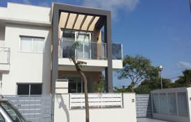 Residential for sale in Guardamar del Segura. Ground floor apartment with private garden in Guardamar