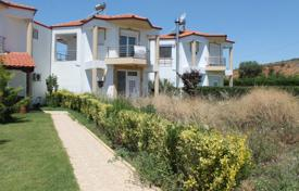 Coastal townhouses for sale in Sane. Terraced house – Sane, Administration of Macedonia and Thrace, Greece
