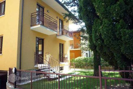 Apartments for sale in Veneto. Apartment – Torri del Benaco, Verona, Veneto,  Italy