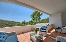 Apartments with pools for sale in Benahavis. Apartment – Benahavis, Andalusia, Spain