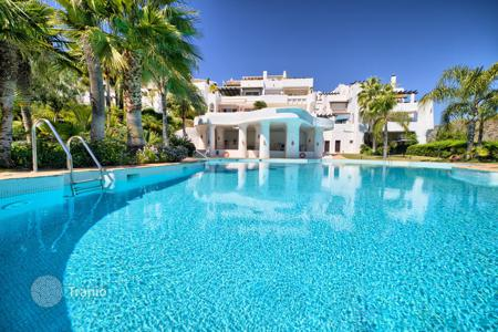 2 bedroom apartments for sale in Costa del Sol. Excellent Ground Floor Apartment, Lomas de La Quinta, Benahavis