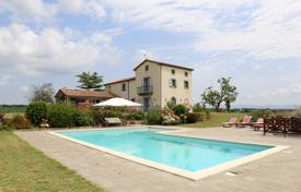 Houses with pools for sale in Lazio. Prestigious and exclusive newly built villa