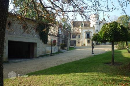 Chateaux for sale in France. Castle – Bordeaux, Aquitaine, France