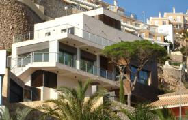 Modern villa with a terrace and sea views, Cullera, Spain for 590,000 €
