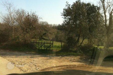 Cheap land for sale in Ližnjan. Building land