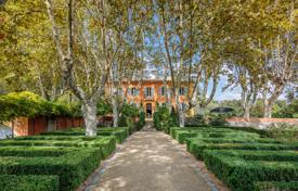 Property for sale in Bouches-du-Rhône. Close to Aix-en-Provence — Beautiful Bastide from the 18th century