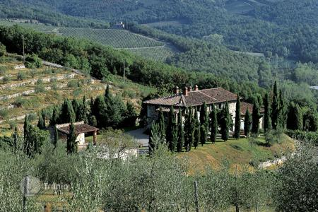 Villas and houses with pools to rent in Radda In Chianti. Villa - Radda In Chianti, Tuscany, Italy