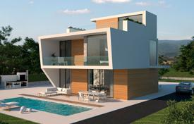 Residential for sale in Murcia. Detached villa with 4 bedrooms and private pool 250 meters from the sea in Playa Honda