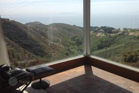 1 bedroom houses for sale overseas. Cottage in Malibu
