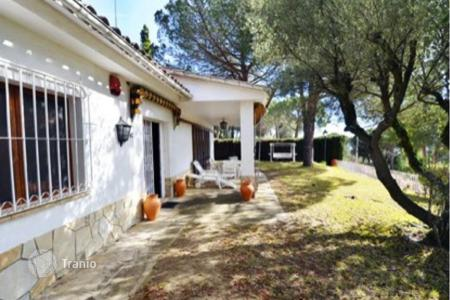 4 bedroom houses for sale in Cabrils. Townhome – Cabrils, Catalonia, Spain
