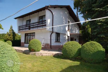 Houses for sale in Petarch. Detached house – Petarch, Sofia region, Bulgaria