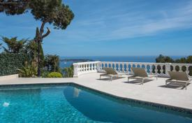 Houses with pools for sale in Vallauris. Super Cannes — Breathtaking sea view