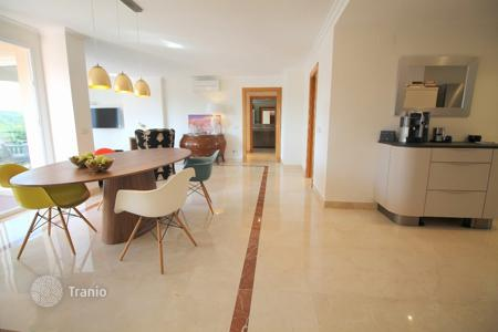3 bedroom apartments for sale in Majorca (Mallorca). Apartment - Calvia, Balearic Islands, Spain